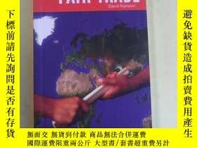 二手書博民逛書店The罕見No-nonsense Guide to Fair T