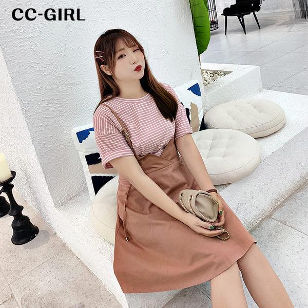 中大尺碼 甜美粉條T恤上衣+細肩背心裙洋裝 兩件式套裝 - 適XL~4L《 68253 》CC-GIRL