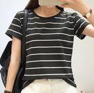 EASON SHOP(GU7038)實拍不敗款黑白橫條紋圓領短袖T恤女上衣服落插肩袖寬鬆顯瘦內搭衫閨蜜裝棉T恤