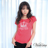 Victoria  皇冠貼鑽LOGO落肩短袖T-女-橘紅