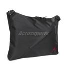Nike 包包 Jordan 男女款 黑 斜跨包 肩背包 大容量 筆袋 喬丹【ACS】 JD2143008GS-001