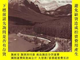 二手書博民逛書店Westbound:罕見A Portfolio of Western Railroading-西行:西部鐵路的投資