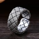 《 QBOX 》FASHION 飾品【R348S88】精緻個性復古字手工編織設計S999足銀/泰銀開口戒指
