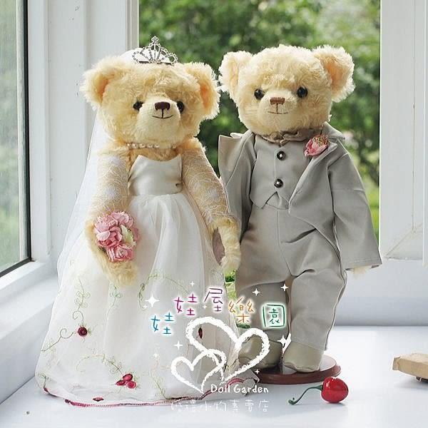 娃娃屋樂園~灰配白.藤蔓款-歐風婚紗對熊 每對1580元/婚禮小物/熊熊玩偶/可站立有支架/會場佈置