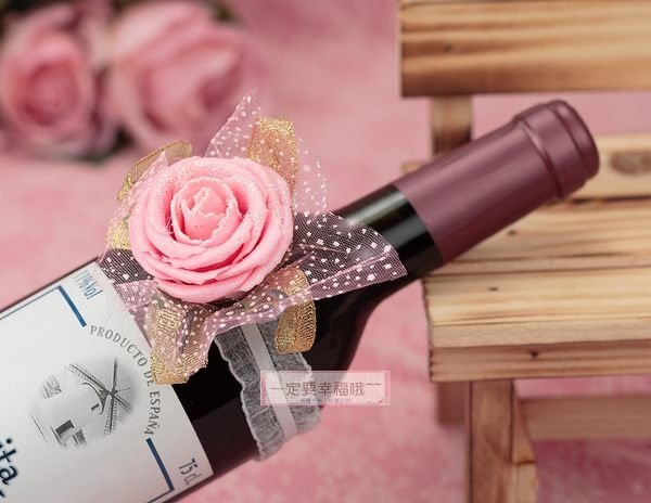一定要幸福哦~~伴娘花(粉紅)、手腕花、酒瓶花
