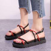 【35-43全尺碼】平底涼鞋.簡約率性線條交叉厚底涼鞋.白鳥麗子