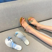網紅拖鞋外穿新款水鑚蝴蝶套趾涼鞋平底一字帶粗跟潮女鞋 - 巴黎衣櫃