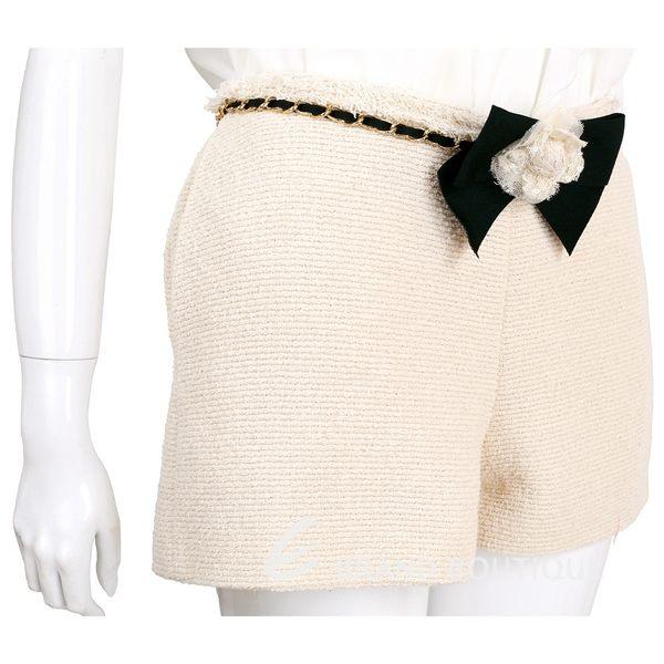 EDWARD ACHOUR PARIS 米色蕾絲花飾腰鍊毛呢短褲 1620341-40