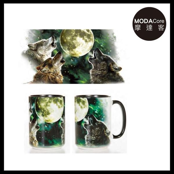 【摩達客】(預購)美國The Mountain 三狼嚎月 圖案設計藝術馬克杯 440ml
