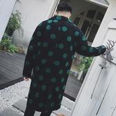 風衣外套-英倫時尚帥氣翻領長版圓點男大衣2色73ip45【時尚巴黎】