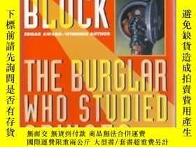 二手書博民逛書店The罕見Burglar Who Studied Spinoza