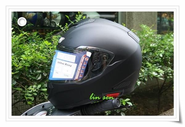 M2R安全帽,F5,素色/消光黑