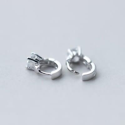 925純銀耳環(耳針式)-時尚氣質鑲鑽生日情人節禮物女飾品73dr112[時尚巴黎]