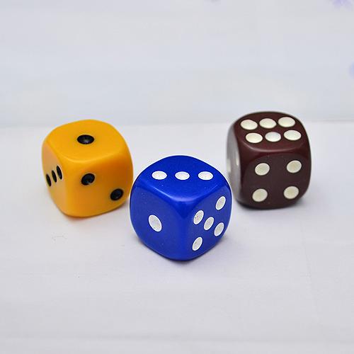 【散裝骰子】1.6cm 桌遊專用 遊戲骰 (3入)