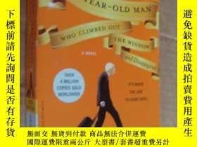 二手書博民逛書店THE罕見100-YEAR-OLD MAN WHO CLIMBE