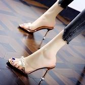 高跟涼鞋 拖鞋女水鉆透明半拖外穿涼鞋2021夏季新款時裝涼拖細跟百搭高跟鞋 快速出貨