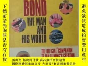 二手書博民逛書店英文原版書《罕見James Bond: The Man and