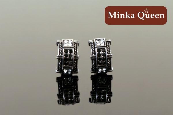 德國鈦鋼 雙排黑白色鑽造型 精緻水鑽抗敏易扣耳環(一對)(10 mm)