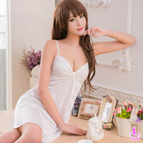 性感睡衣 奶白蕾絲柔緞睡衣 (OS小舖)