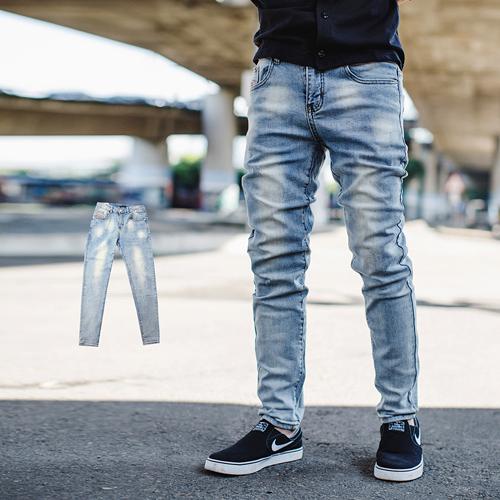 牛仔褲 韓國製漸層微刷色素面無破合身牛仔褲【NB0649J】
