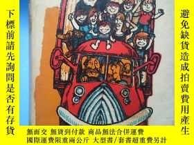 二手書博民逛書店EIGHT罕見CHILDREN AND A TRUCK 【英文原版】八個孩子和一輛卡車Y181909 ANNE