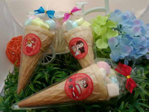 大大的愛甜筒棉花糖/份(謝客禮.婚禮小物.二次進場.喜糖.年貨)