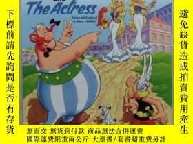 二手書博民逛書店Asterix罕見and the actress 英文漫畫 奧特