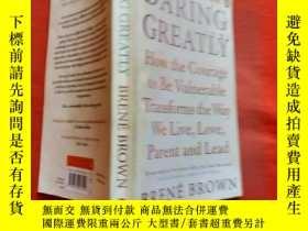 二手書博民逛書店罕見Daring GreatlyY256977 Brené Br