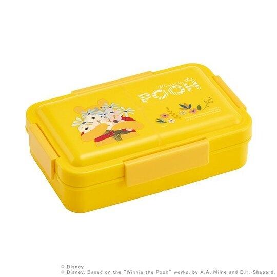 小禮堂 迪士尼 小熊維尼 日製 方形微波便當盒 抗菌四扣便當盒 保鮮盒 850ml Ag+ (黃) 4973307-51890