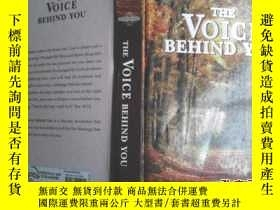 二手書博民逛書店THE罕見VOICE BEHIND YOU(你身後的聲音)Y32