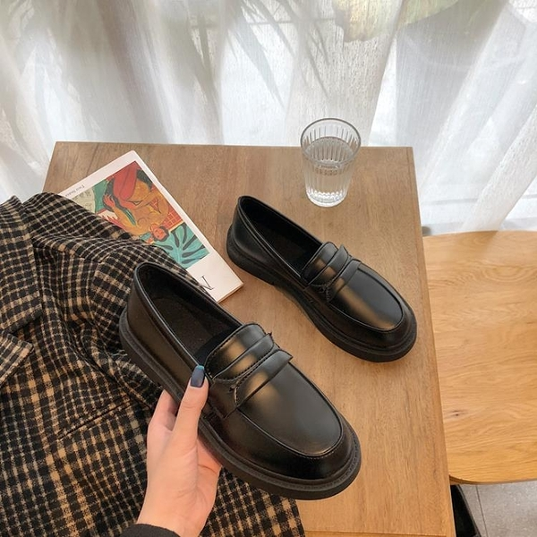 牛津鞋 大碼女鞋41-43黑色英倫風小皮鞋百搭平底韓版網紅加大碼女鞋40-43 薇薇