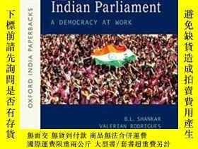 二手書博民逛書店The罕見Indian Parliament: A Democr