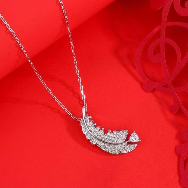 高版本輕盈羽毛鎖骨鏈精致含蓄魅力優雅氣息女項鏈工廠代發