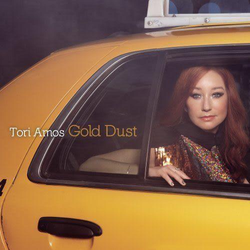 多莉艾莫絲 : 黃金粉塵 限量版 CD附DVD  (音樂影片購)