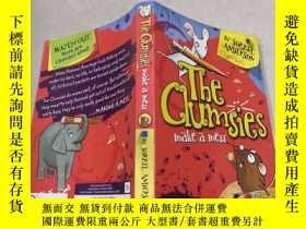 二手書博民逛書店The罕見Clumsies Make a Mess笨手笨腳的人弄得一團糟Y212829