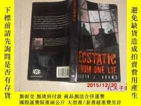 二手書博民逛書店ECSTATIC罕見FROM ONE LIEY13917 出版2