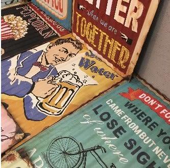 [協貿國際]   波浪鐵皮畫咖啡廳酒吧網咖個性牆面裝飾畫壁飾  (1入)
