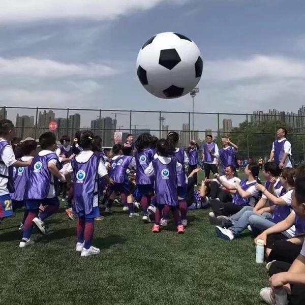 戶外大型充氣足球幼兒園兒童玩具沙灘球運動會舞臺表演道具裝飾魔方數碼
