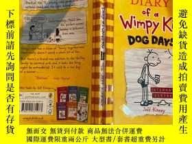 二手書博民逛書店diary罕見of wimpy kid dog days 弱小的狗日日記Y200392