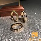 戒指時尚滿鉆鍍玫瑰金鈦鋼單排鉆男女食指環飾品 不掉色【慢客生活】