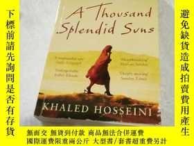 二手書博民逛書店A罕見Thousand Splendid Suns(英文原版)燦