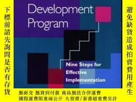 二手書博民逛書店Building罕見A Career Development Program: Nine Steps For Ef