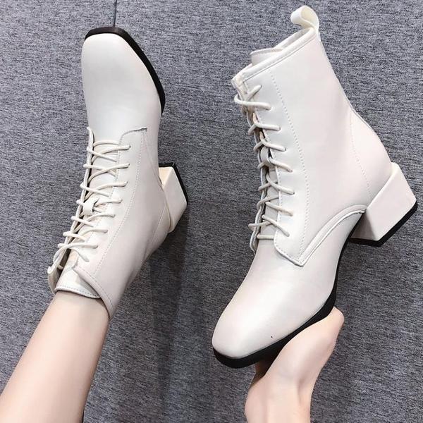 白色馬丁靴女英倫風2021新款瘦瘦春秋單靴粗跟高跟小短靴潮ins 3C數位百貨