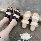 拖鞋.MIT韓版時尚百搭寬系帶金屬扣平底拖鞋.白鳥麗子