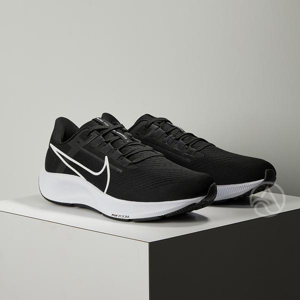 Nike Air Zoom Pegasus 38 男 黑白 小飛馬 慢跑鞋 CW7356-002