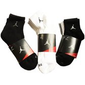 (特價) NIKE AIR JORDAN AJ短襪子 三雙一包 546480-901 DRI-FIT Quarter 3 PACK SOCKS