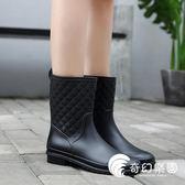 雨鞋-中筒雨鞋女雨鞋成人防滑膠鞋水靴夏季平底套鞋防水鞋韓國時尚水鞋-奇幻樂園
