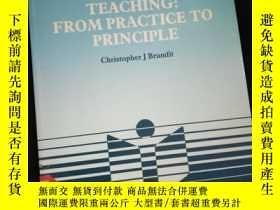 二手書博民逛書店Language罕見and Literature Teaching From Practice to Princi