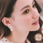 耳環 韓國直送刺繡花朵水鑽垂墜珠珠綴飾夾式耳環-Ruby s 露比午茶