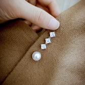 [百姓館] 胸針 閃亮鋯石簡約配飾胸針時尚珍珠別針女開衫防走光固定衣服扣針